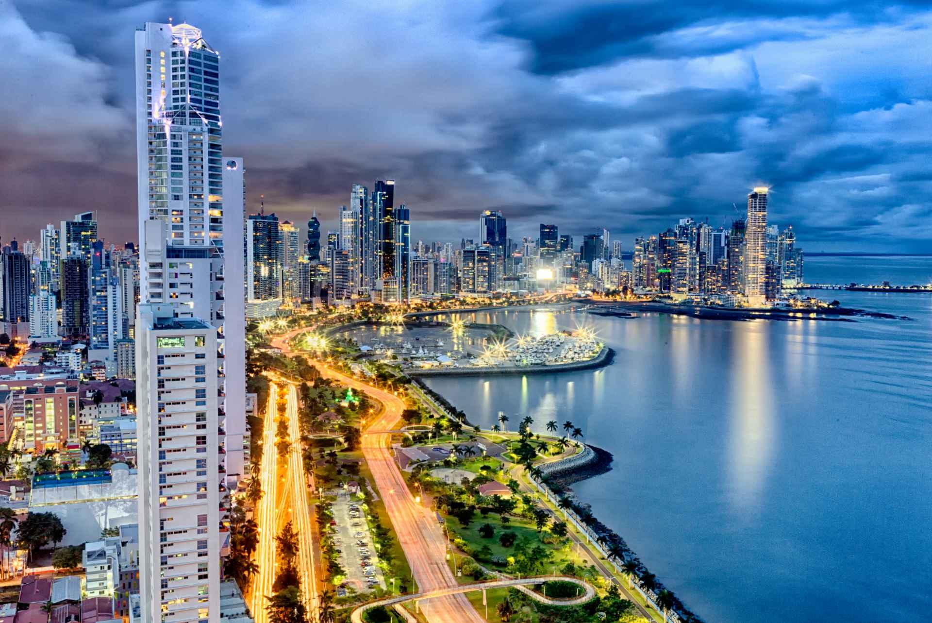 Comienza la masificación voluntaria de facturación electrónica en Panamá