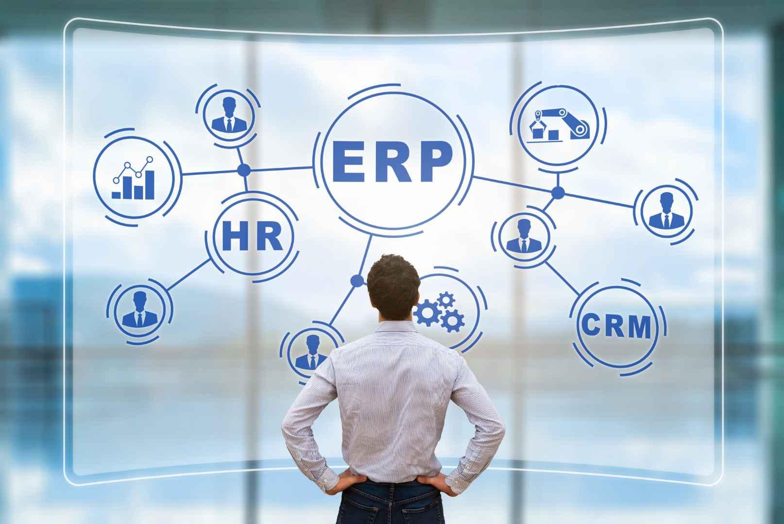 ¿Qué áreas empresariales se benefician con los ERP?